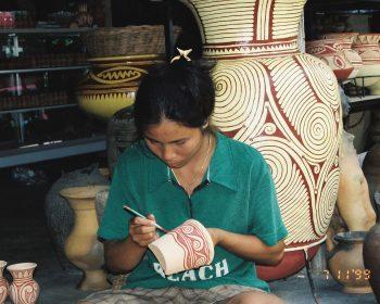 国境を越えて タイ・ウドンターニへ! バーンチアン遺跡とプープラバート歴史公園 日帰り観光